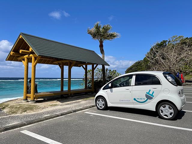 イメージ:奄美大島の風景と車